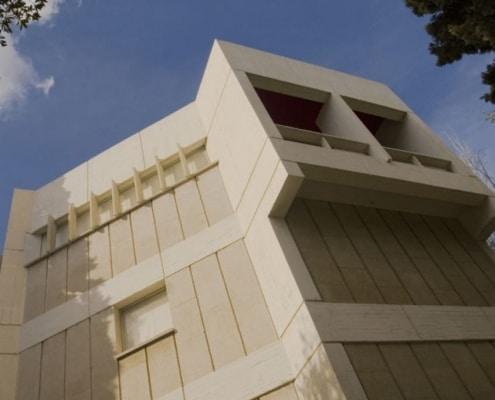 Fundació Joan Miró, por José Luis Sert en Barcelona.